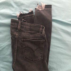 Grey Levi's 711 size 24